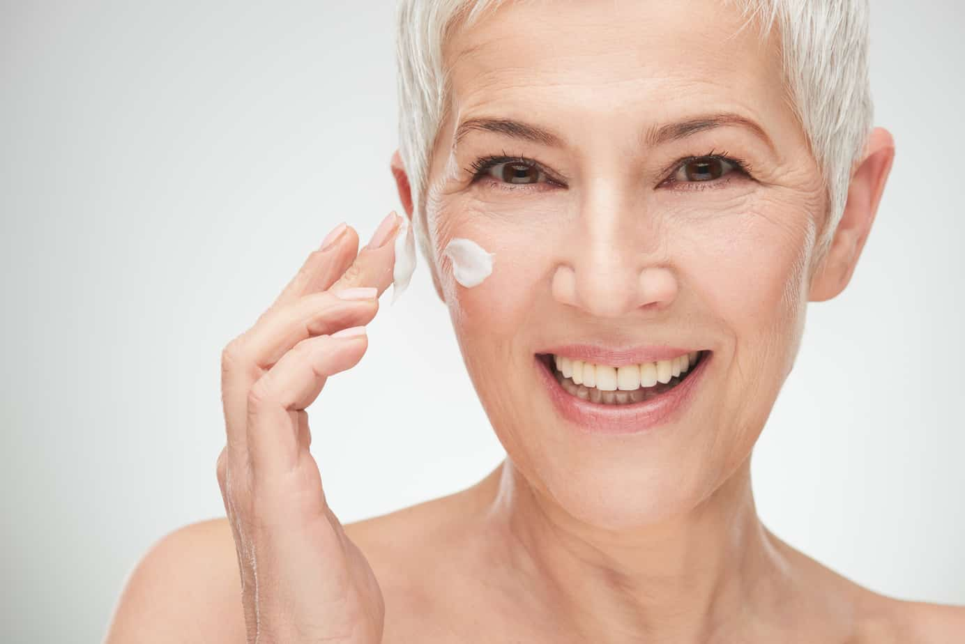 How to Get Rid of Wrinkles Under Your Eyes When You Smile