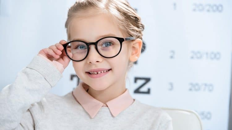 8 Tips for Buying Glasses for Kids